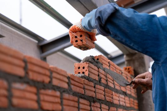 Exploring the Difference Between Repointing and Tuckpointing in Chicago